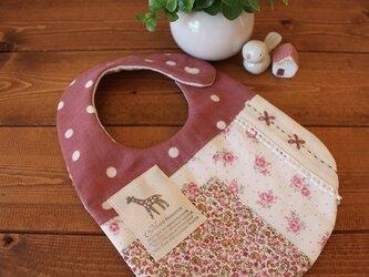 リバティパッチと刺繍のスタイ(ピンク系)*送料無料*の画像