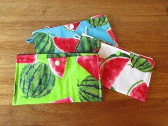 マルチポーチ スイカ 外ポケット付き3色の画像