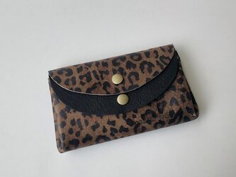 ピッグスキンの小さなお財布レオパード柄茶×ピッグスキン黒の画像