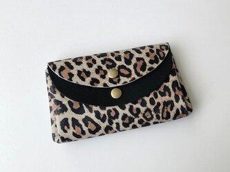 ピッグスキンの小さなお財布レオパード柄茶白×ピッグスキン黒の画像