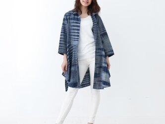 『 Tomo 』 コットン100% 手織り かすり模様 インディゴカラー ブラウスジャケットの画像