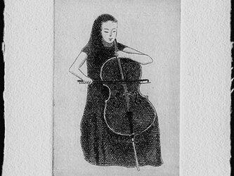 チェリスト・2021/銅版画  (作品のみ)の画像