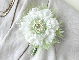小花を蓄えたガーベラ * シルクデシン製 * コサージュの画像