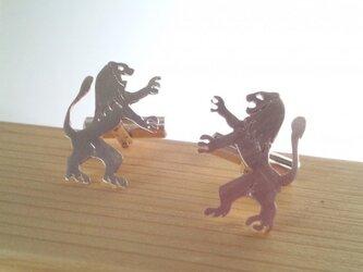 """百獣の王""""ライオン""""Silver カフスの画像"""