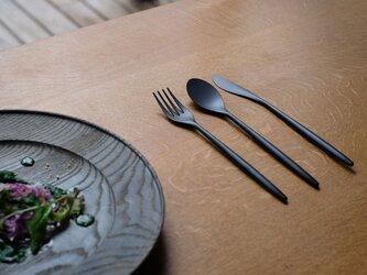 SUMUディナーナイフ 黒モデルの画像