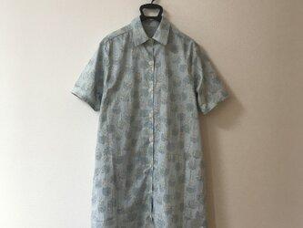 シャツ ロング丈 Mサイズの画像