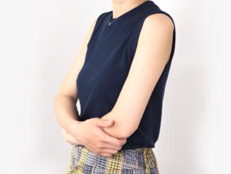 【no-no様 専用】形にこだわった 大人のノースリーブTシャツ【サイズ・色展開有り】の画像