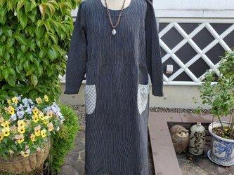 着物リメイク 手作り 麻の着物から リメイク 前後ピンタック ワンピースの画像