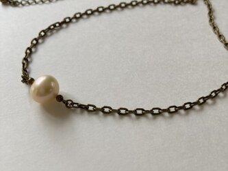 淡水パールの一粒ネックレスの画像
