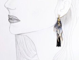 金魚のヒレ ピアス(右耳用)の画像