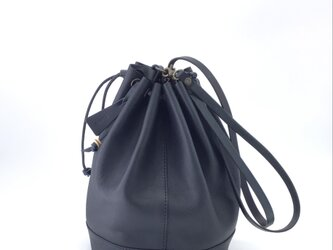 2way巾着バッグLLサイズ(イタリアンレザーミネルバボックス ネイビー)の画像