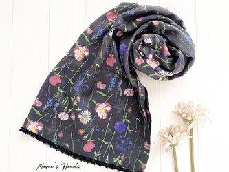 ★数量限定★ リバティ ナチュラル 花柄 チャコールグレー 薄手 軽い ストール ショールの画像