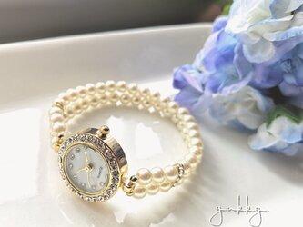 <受注制作>ブレス腕時計*石付ホワイト(パール5mm・クリーム系ゴールド)の画像