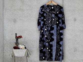 着物リメイク 有松絞りのワンピース/ フリーサイズの画像
