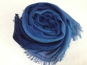 草木染め シルクストール 藍 紺〜ブルーの画像