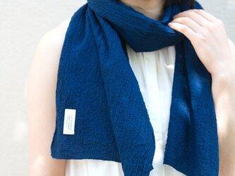 藍染Silk&Organic cotton ちりめん生地のコンパクトマフラーの画像