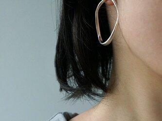 Infinite earringsの画像