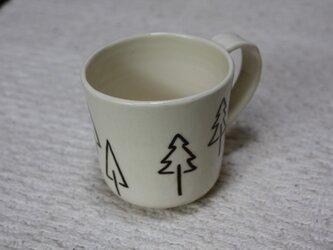 3種の樹木のシンプルカップの画像