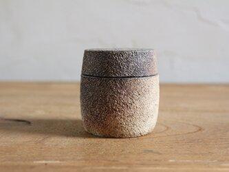 小さめ 粉引き蓋物の画像