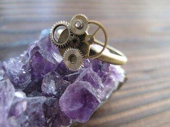 歯車の指輪の画像