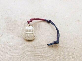銀製の鈴 『 本坪型・フレア 』 (シルバー925) 根付・バッグチャームの画像