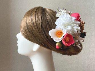 和装婚・成人式に♡白いダリアと赤い椿のヘッドドレス 結婚式 成人式 着物髪飾り 和装ヘッドドレス 前撮り 赤 和装婚の画像