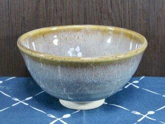陶器 ご飯茶碗(やや大)薄茶まだら・お椀型【210506】の画像