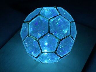 多面体ミラー万華鏡 サッカーボール多面体 内蔵LEDが非接触で光りますの画像