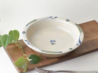 絵付けリム皿の画像