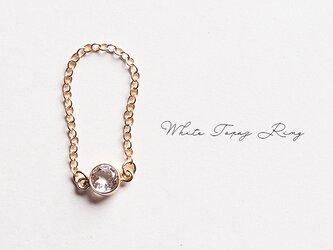 ホワイトトパーズのチェーンリング 14KGF 一粒石のシンプルな指輪の画像