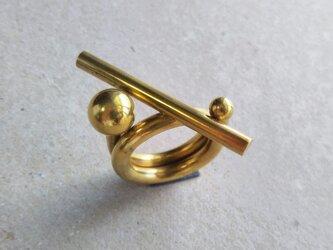 真鍮 オブジェのようなリングの画像