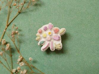 ブーケのブローチ3(ピンク) せきそ粘土の画像