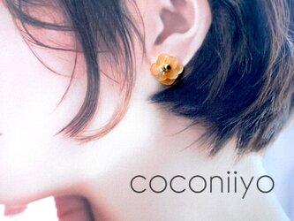 【梅雨の季節に♪】 紫陽花 ピアス ドライフラワー 押し花 オレンジの画像