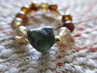 世界四大宝石:エメラルド タンブル と龍紋瑪瑙の指輪 護符リングの画像
