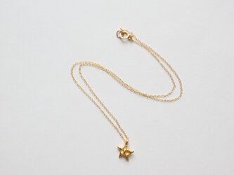 小さな小さな星のネックレスの画像