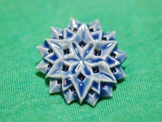 【再掲示】ブローチ六角星 瑠璃 Mの画像