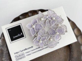 オーガンジー刺繍 紫陽花ブローチ(シルバー)《受注制作》の画像