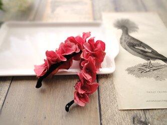 ミニ紫陽花のバナナクリップ ■ Chuchu シリーズ ■No.12 ストロベリーレッドの画像
