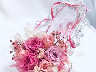 【プリザーブドフラワー/ガラスの靴ミニシリーズ】ピンクの薔薇のプリンセスシューズの画像