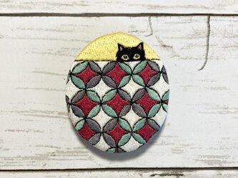 猫刺繍ブローチ*七宝と猫の画像