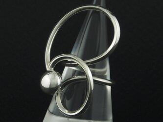 自由な曲線に粒の指輪 70Rの画像
