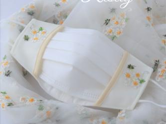 重ね付け用布マスク 小花柄Ver. マスクカバー 刺繍付き 口元ワイヤー入りの画像