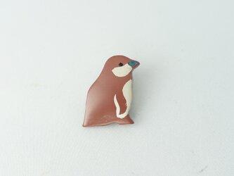 フンボルトペンギンひな 漆ブローチの画像