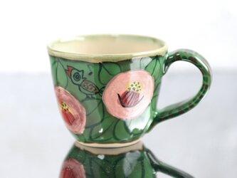 スマイルカメリアと鳥のマグカップ(グリーン)の画像