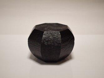 八角渦紋様箱の画像