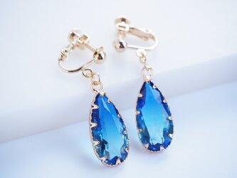 Blue ガラスイヤリングの画像