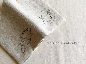 Croissants and coffee ブックカバーの画像