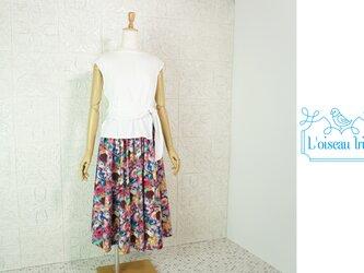 たっぷりフレアースカート パープル花鳥の画像