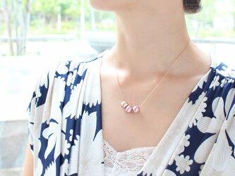 動画【14kgf】天然色triple pearl.ネックレス(淡水パール)の画像