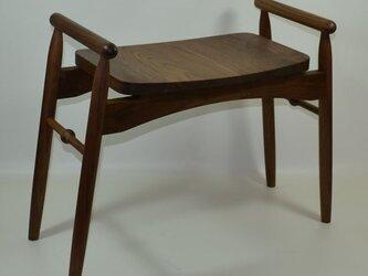 玄関椅子(ウォールナット)の画像